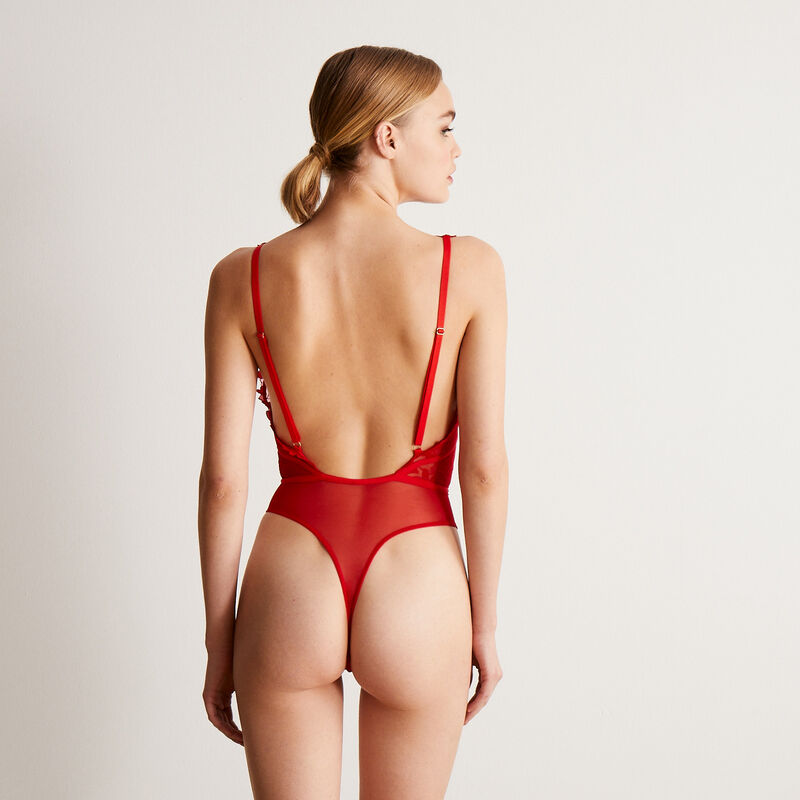 body en dentelle à coeur détail taille - rouge;