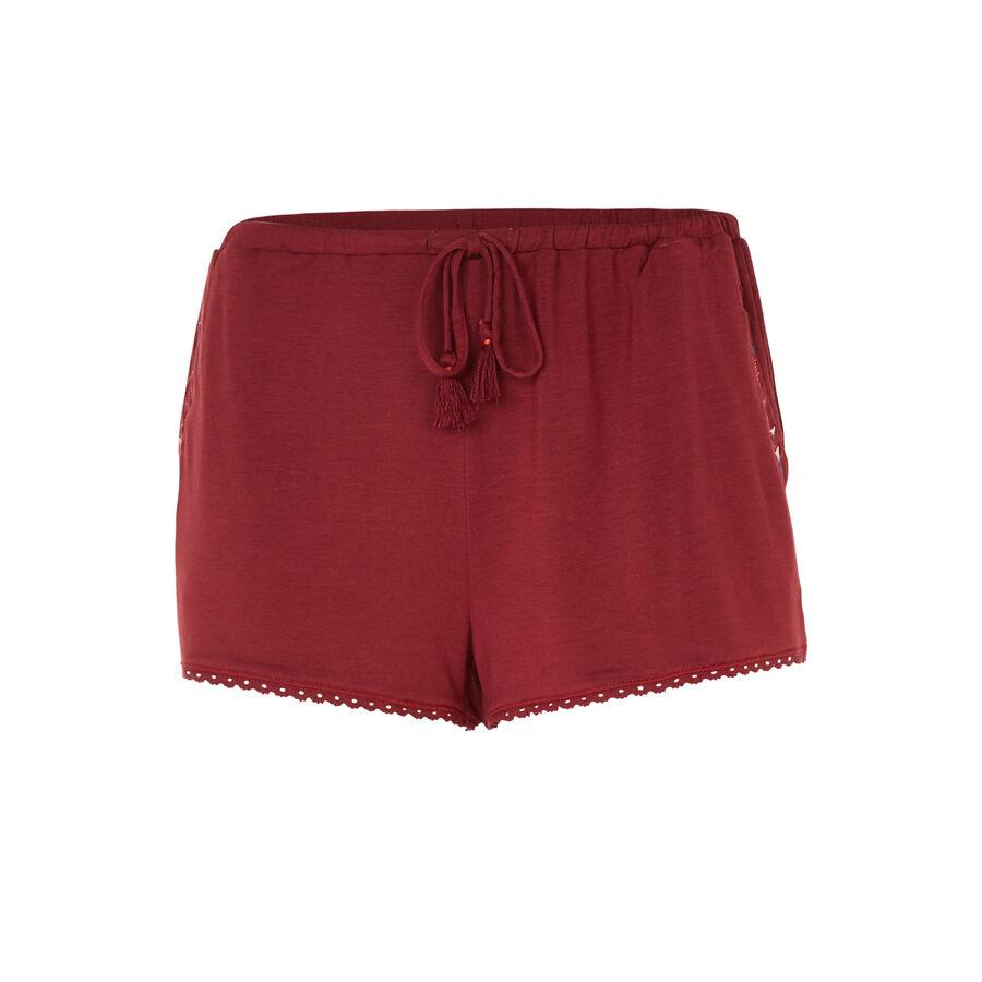 Freepiz burgundy shorts;${refinementColor}