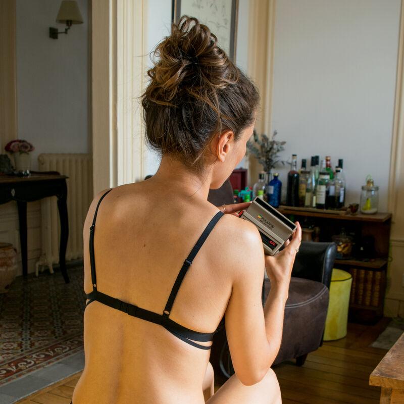soutien-gorge triangle sans armatures décolleté effet tattoo - noir;