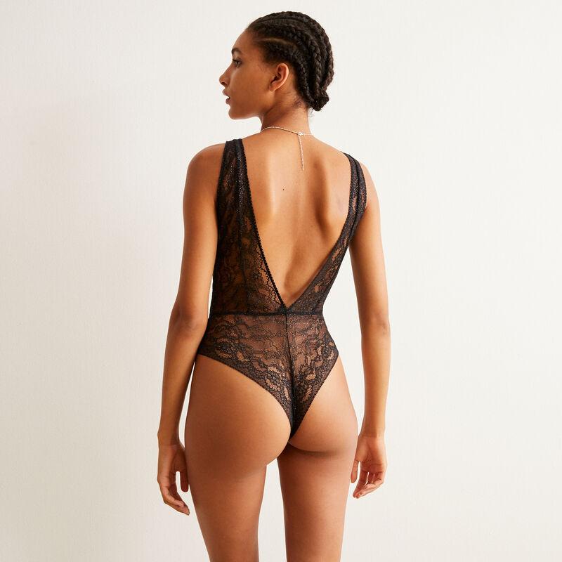 body tout dentelle à détail chaîne de corps - noir;