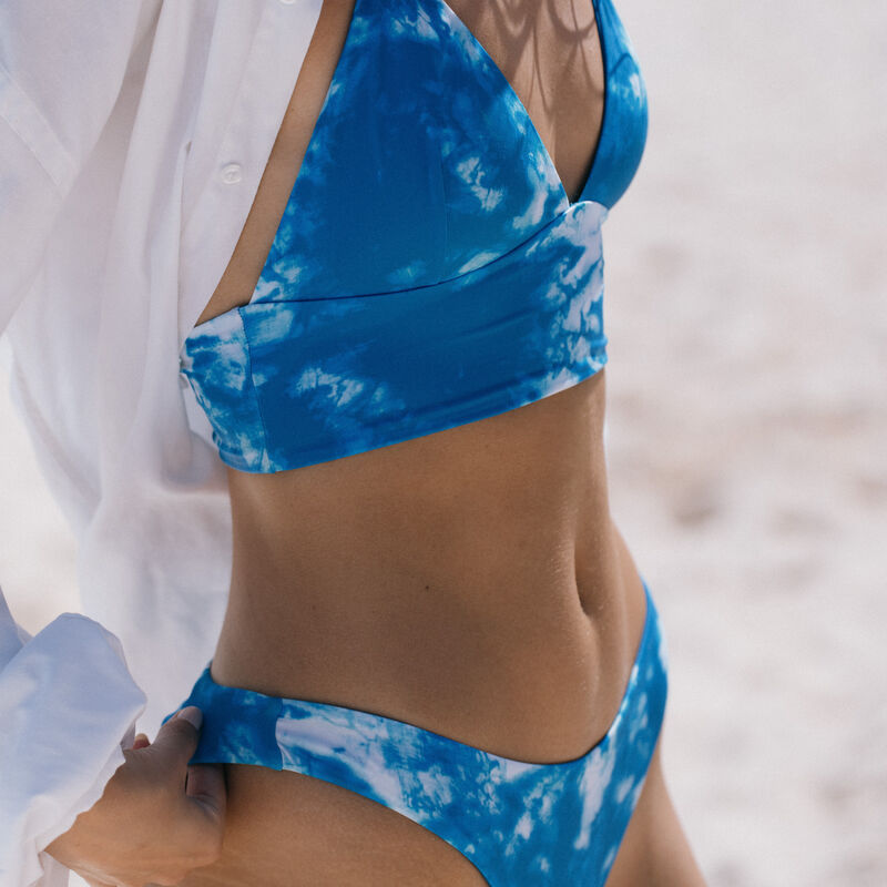 haut de maillot triangle ampli motif tie and dye - bleu;