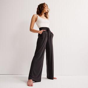 pantalon large effet peau de pêche - noir