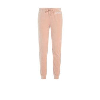 Caprichiz light pink bottoms pink.