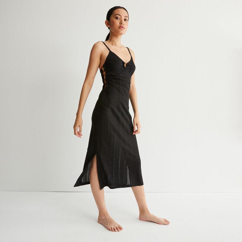 robe longue ajourée décolleté anneau - noir;