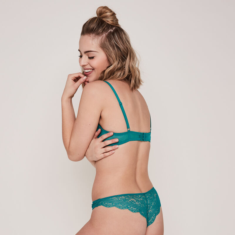 tanga en dentelle everydayiz;