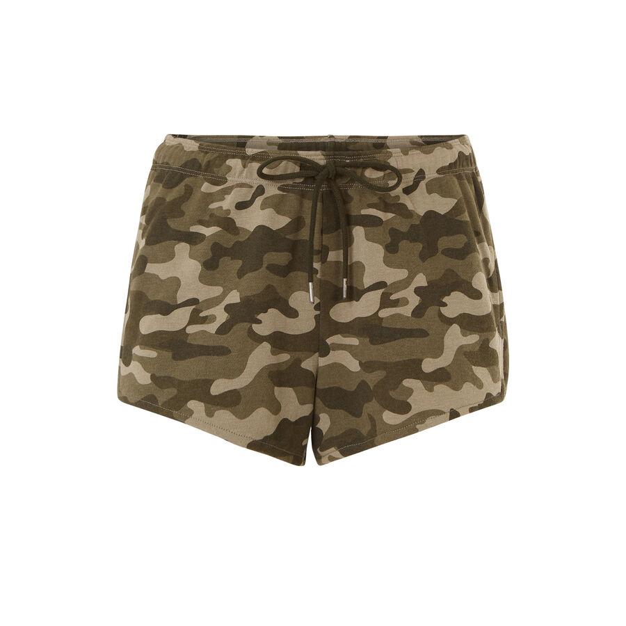 Warioriz khaki green shorts;${refinementColor}