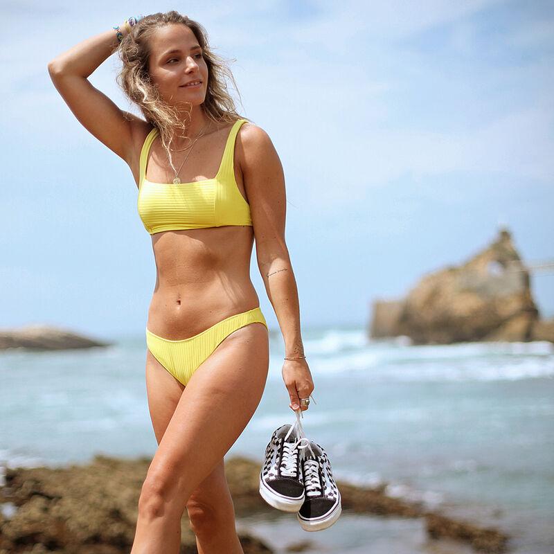 Bas de maillot de bain culotte échancrée - jaune;